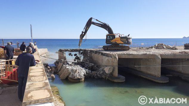 Imagen: Demolición del Puente de Triana