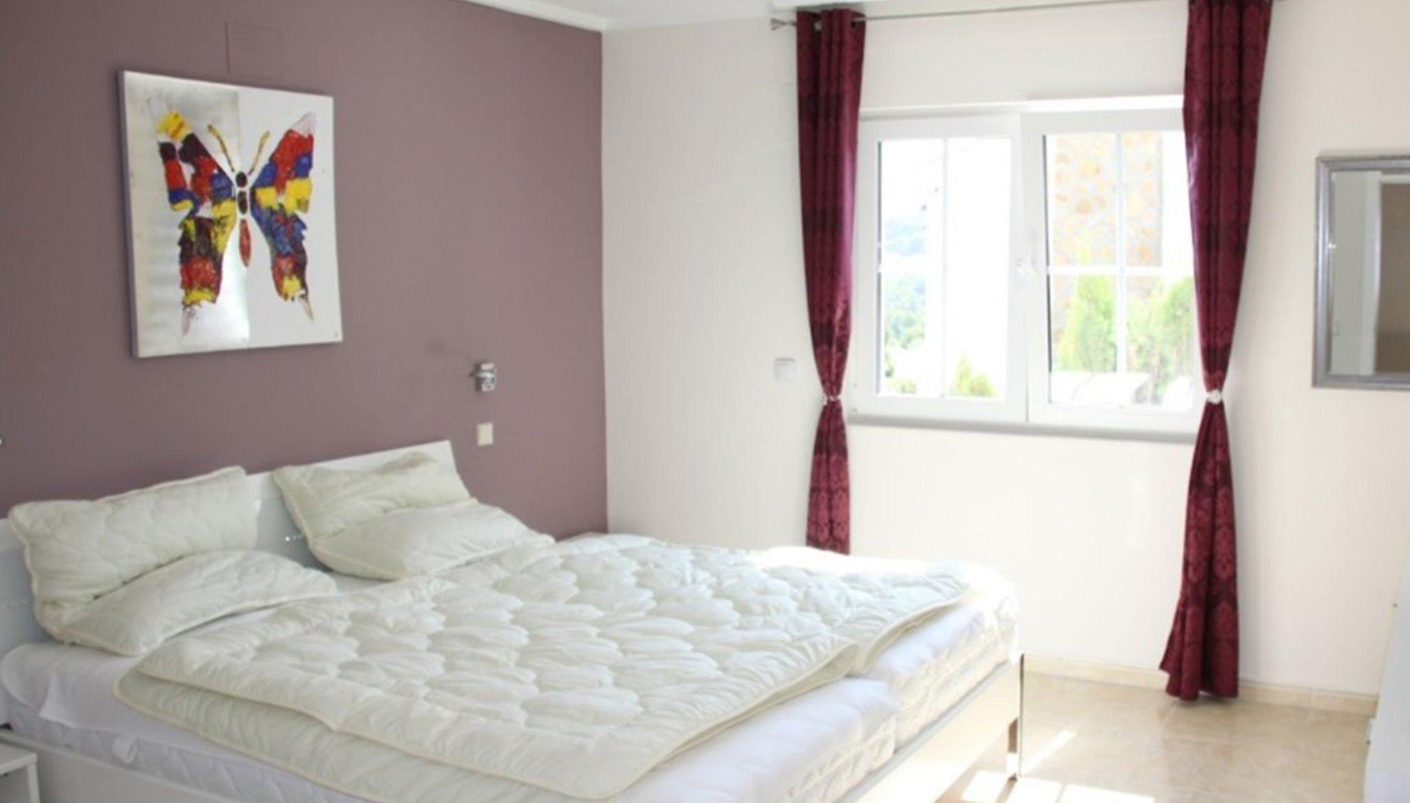 Dormitorio en una villa de alto standing en venta en Jávea – Terramar Costa Blanca
