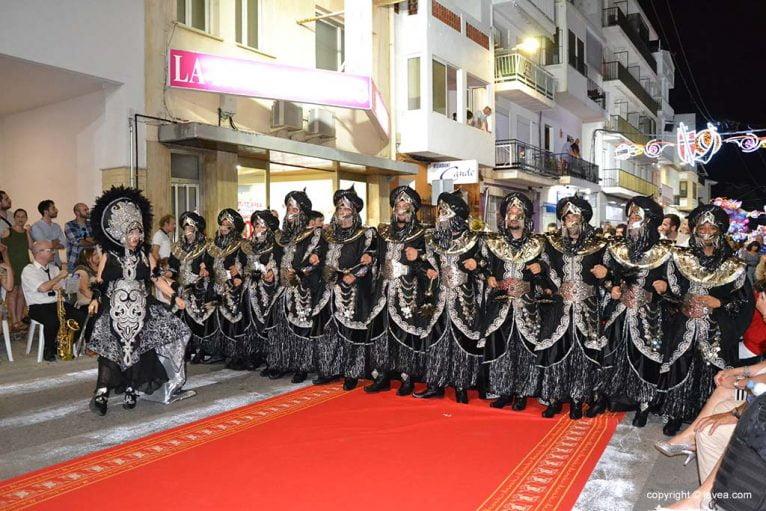 Filà Almoradins en el desfile de la capitanía 2019