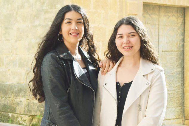 Imagen: Lucía Llidó Vallés y Carla Llidó Bertolín Abanderadas MMCC Xàbia 2020