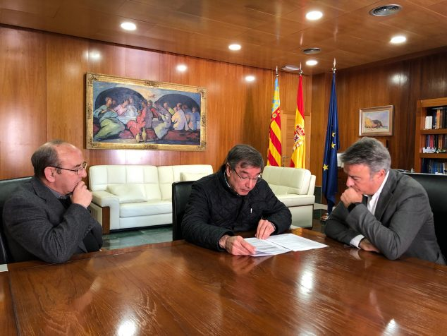 Imatge: Reunió de l'alcalde de Xàbia amb el rector