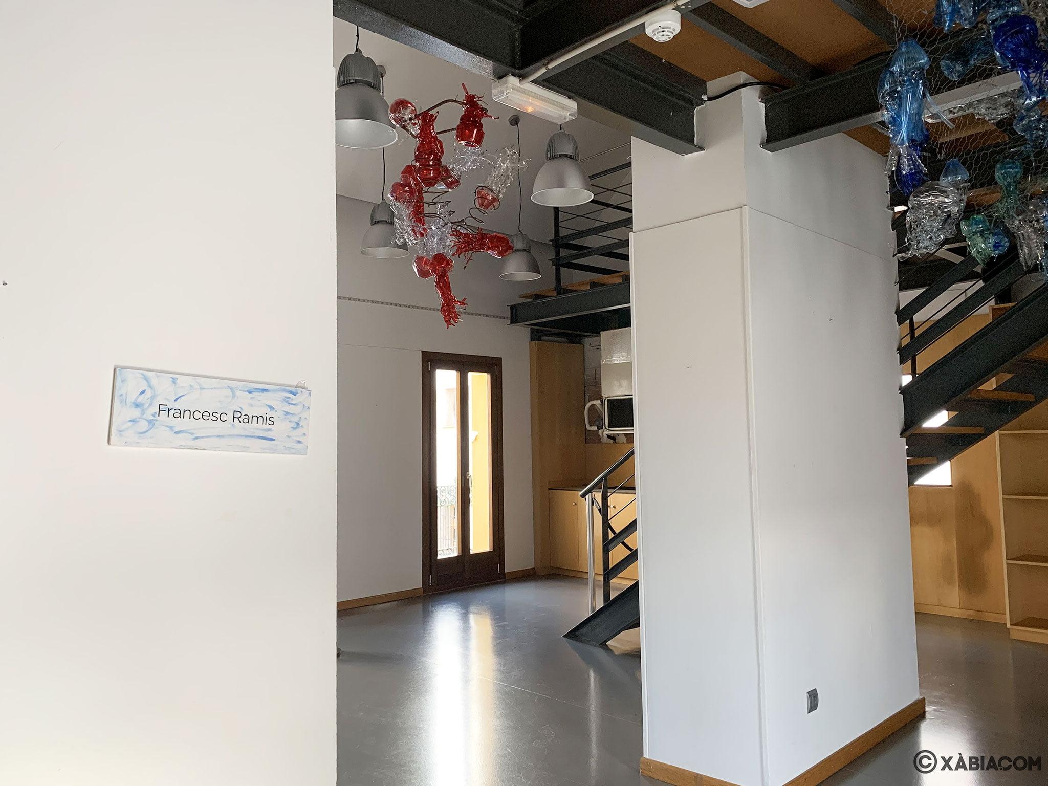 Una de las salas de exposiciones en el Centre d'Art Ca Lambert de Xàbia