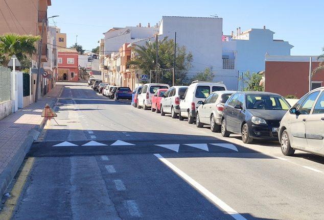Imagen: Seguridad Vial en la Avenida de Valencia de Benitatxell