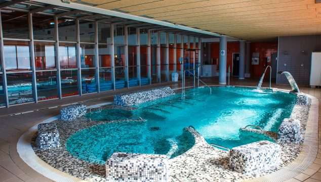 Imagen: Un acceso al spa para dos personas - Centro Deportivo Dénia