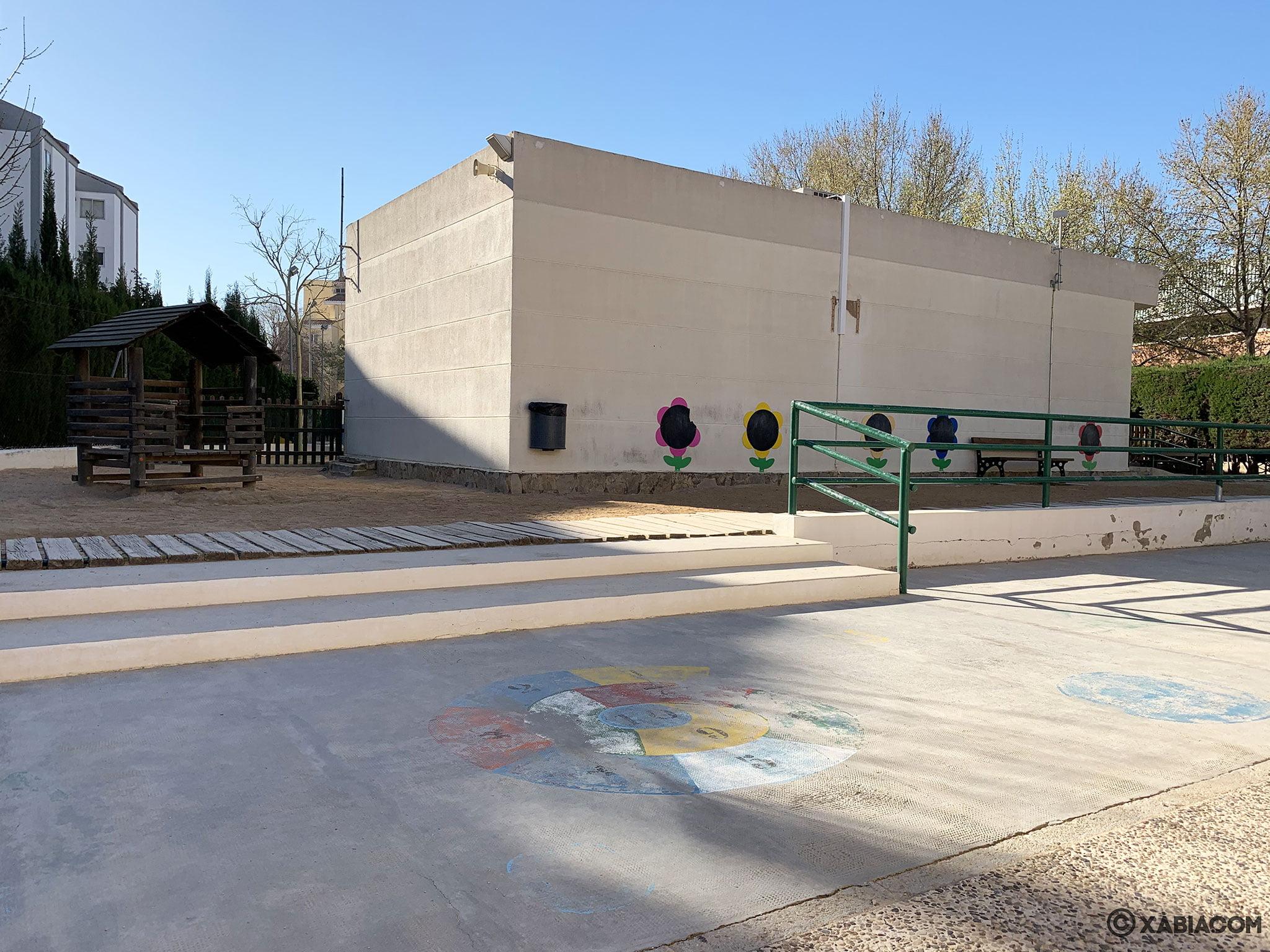 Zona de juegos en el CEIP Port de Xàbia