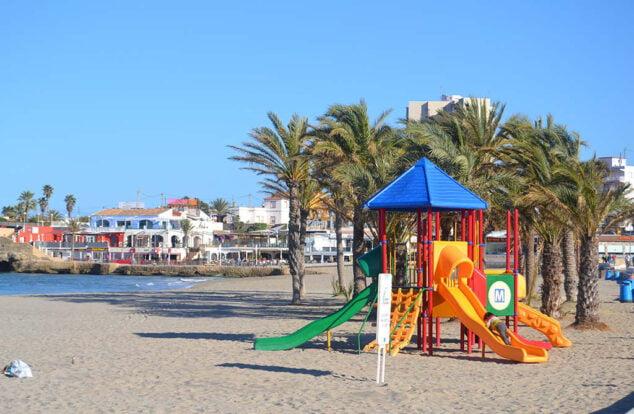 Imagen: Actividades infantiles en la playa del Arenal