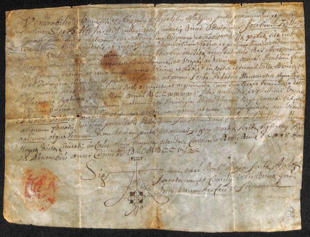 Imagem: Certificado em pergaminho de Jaime Trilles, de 1707. Documento encontrado no Arco Municipal de Xàbia