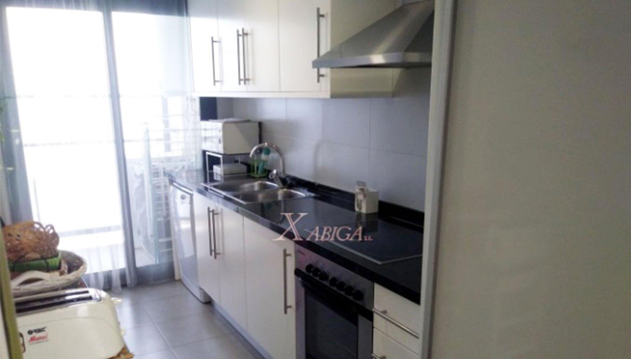 Cocina en un apartamento en venta en Jávea – Xabiga Inmobiliaria