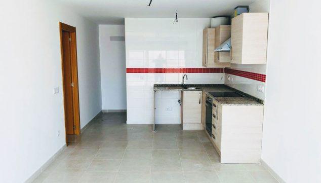 Imagen: Cocina de un piso de una habitación en venta en Ondara - Mare Nostrum Inmobiliaria