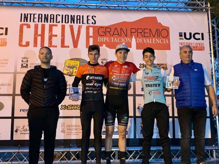Dani Cepa Jr en el podio de Chelva