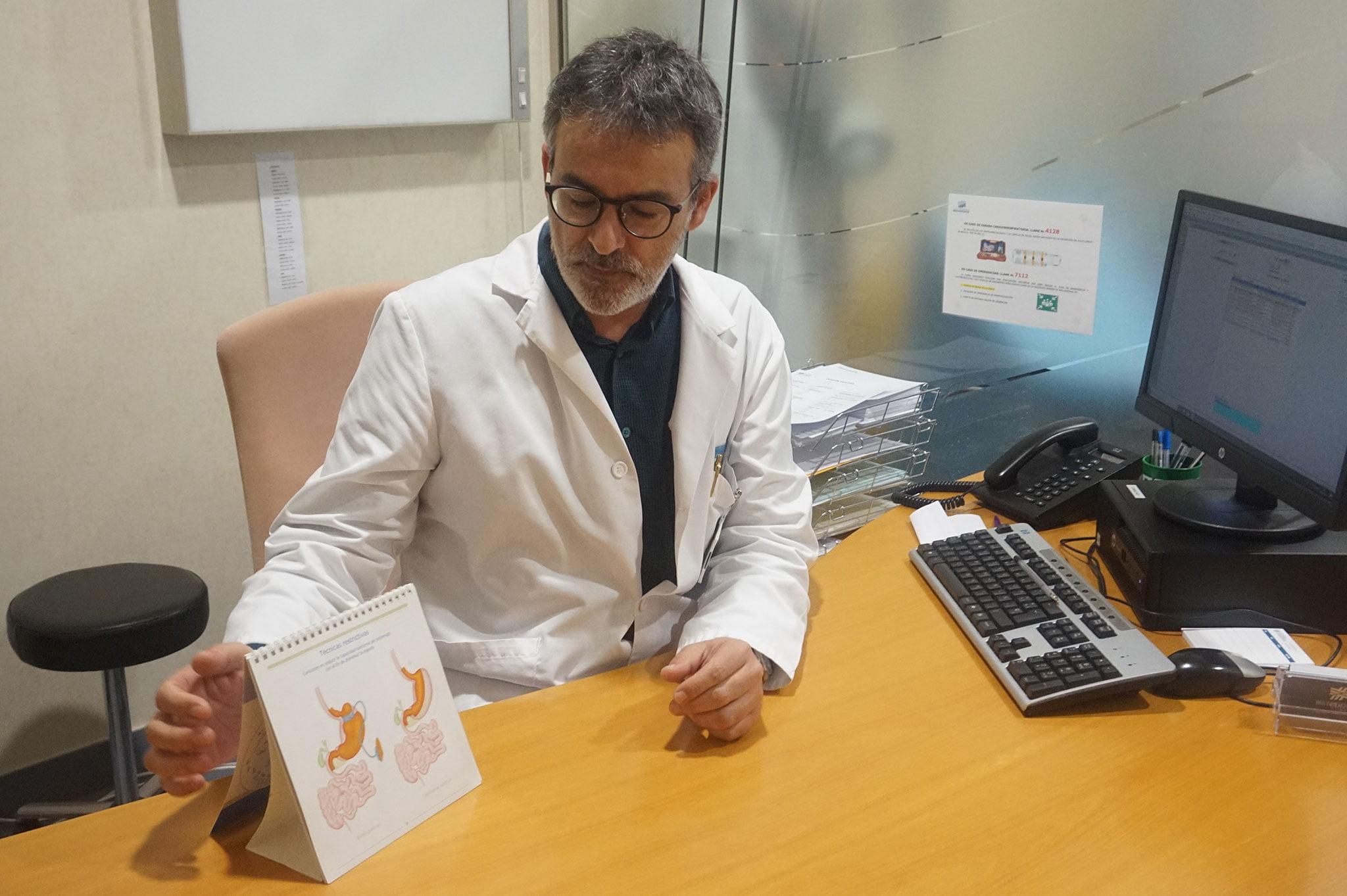 El Dr. Antonio Alberola, con amplia experiencia en Cirugía Bariátrica y Oncológica- Hospital Clínica Benidorm (HCB)