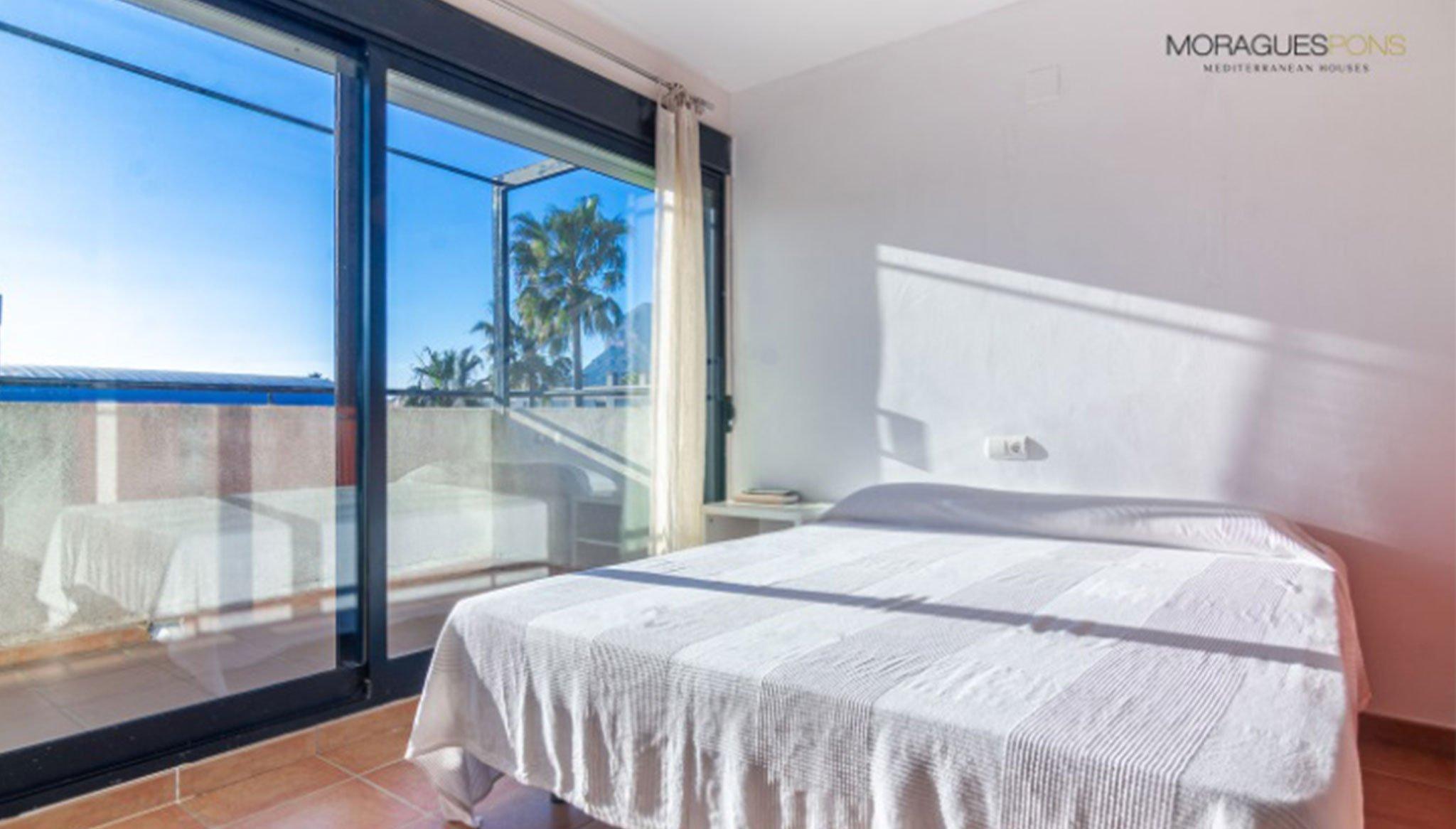 Habitación principal de un adosado en venta en Jávea – MORAGUESPONS Mediterranean Houses
