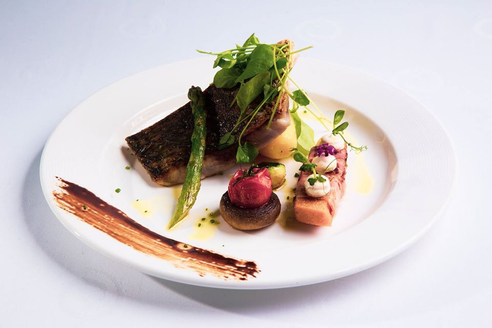 Plato de pescado Restaurante Noray