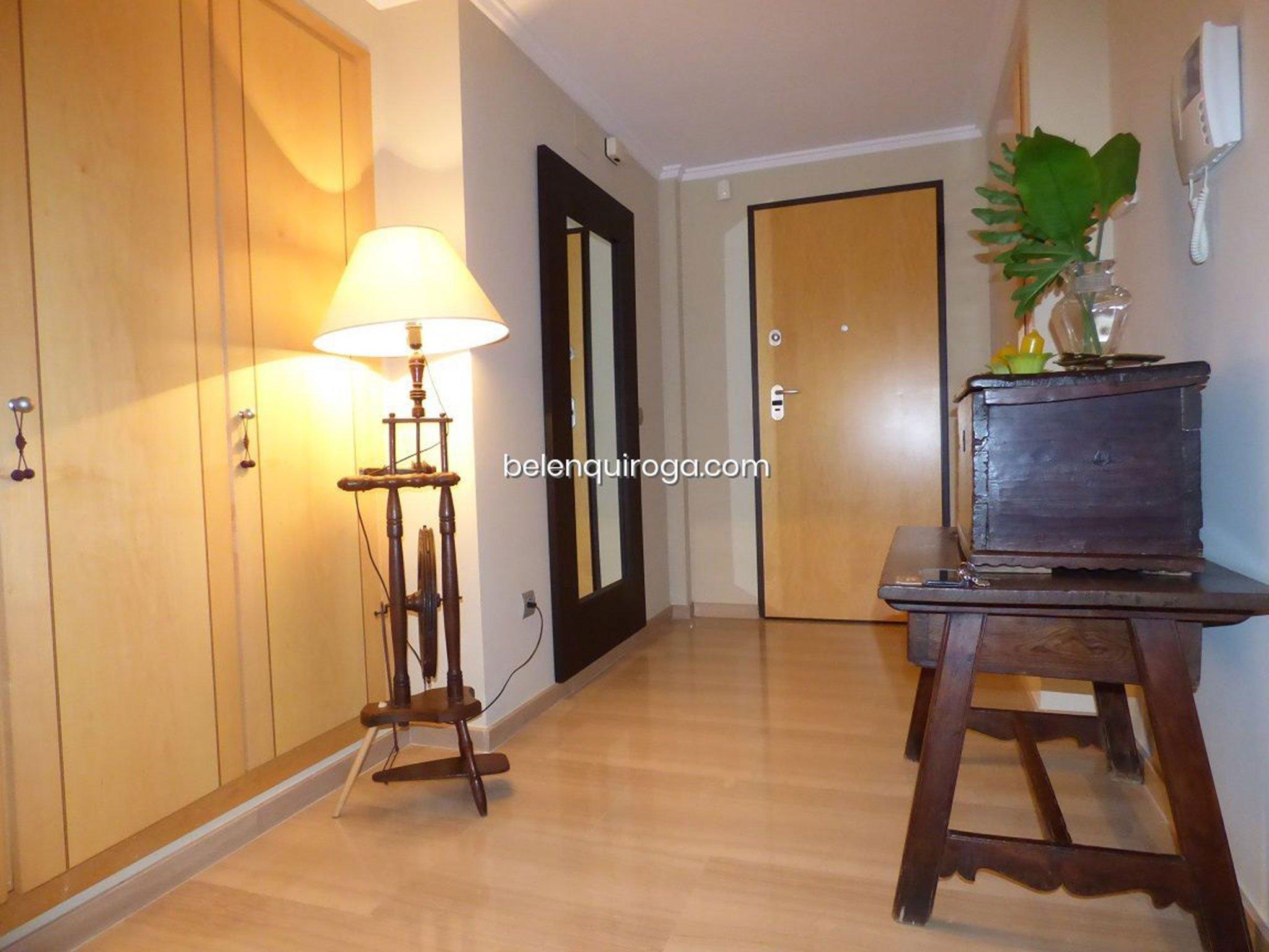 Recibidor de un adosado en venta en Jávea – Inmobiliaria Belen Quiroga