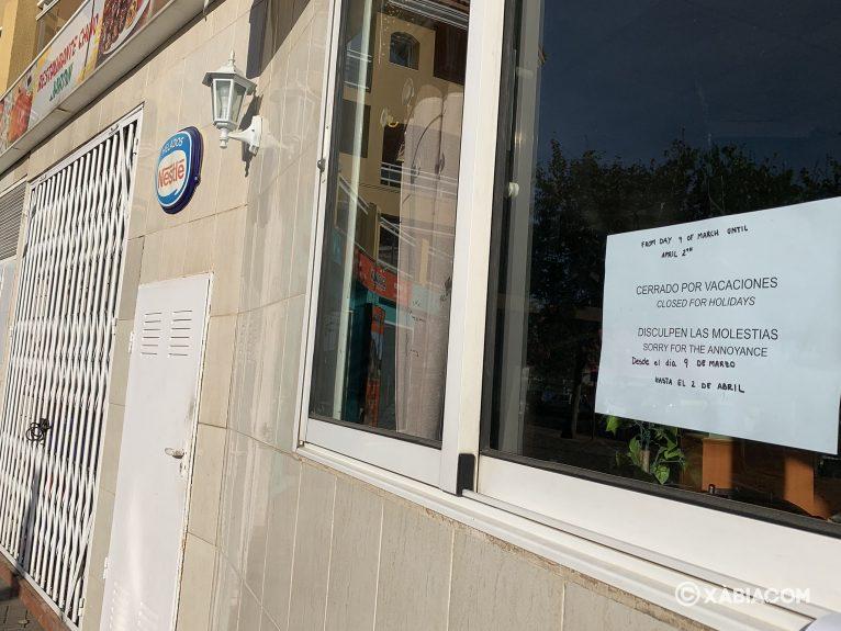 Restaurante chino cerrado por vacaciones