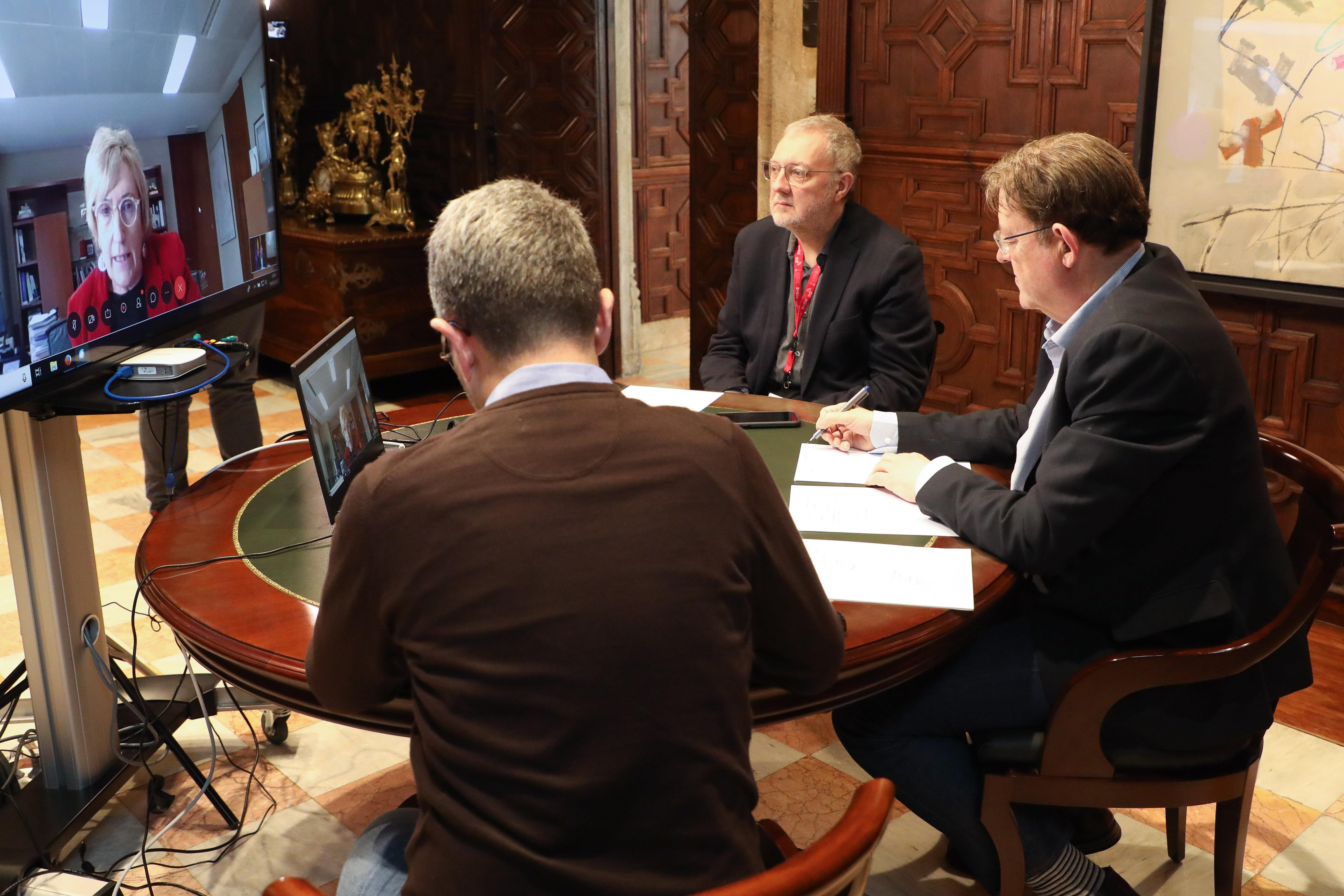 Reunión consellers y President