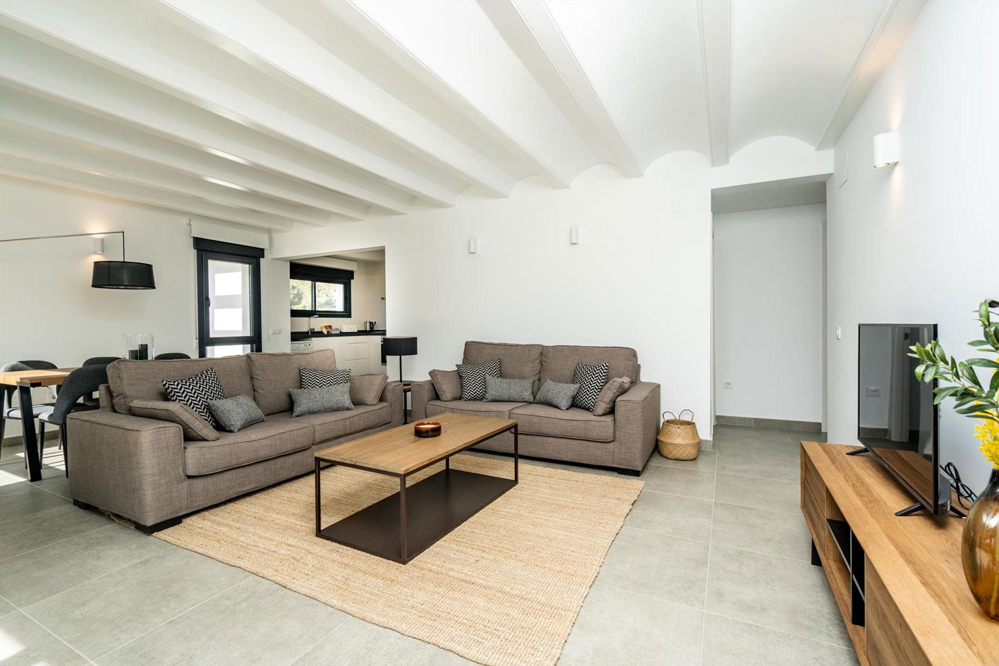 Salón en una casa de alquiler para ocho personas en Jávea – Aguila Rent a Villa