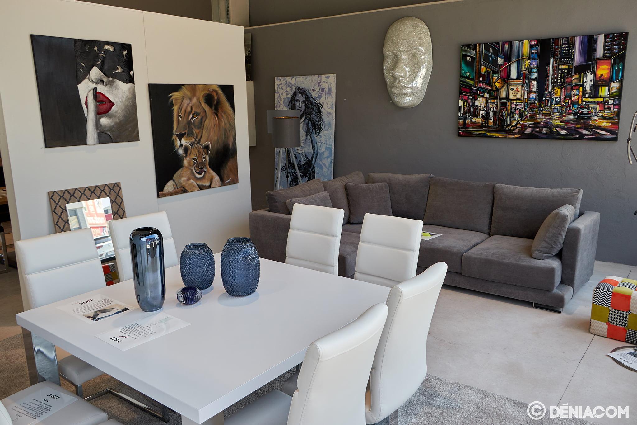 Sofá y mesas Amazing Deals
