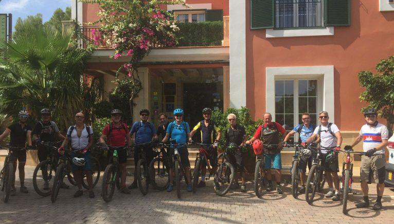 Training Camp - Aventura Pata Negra