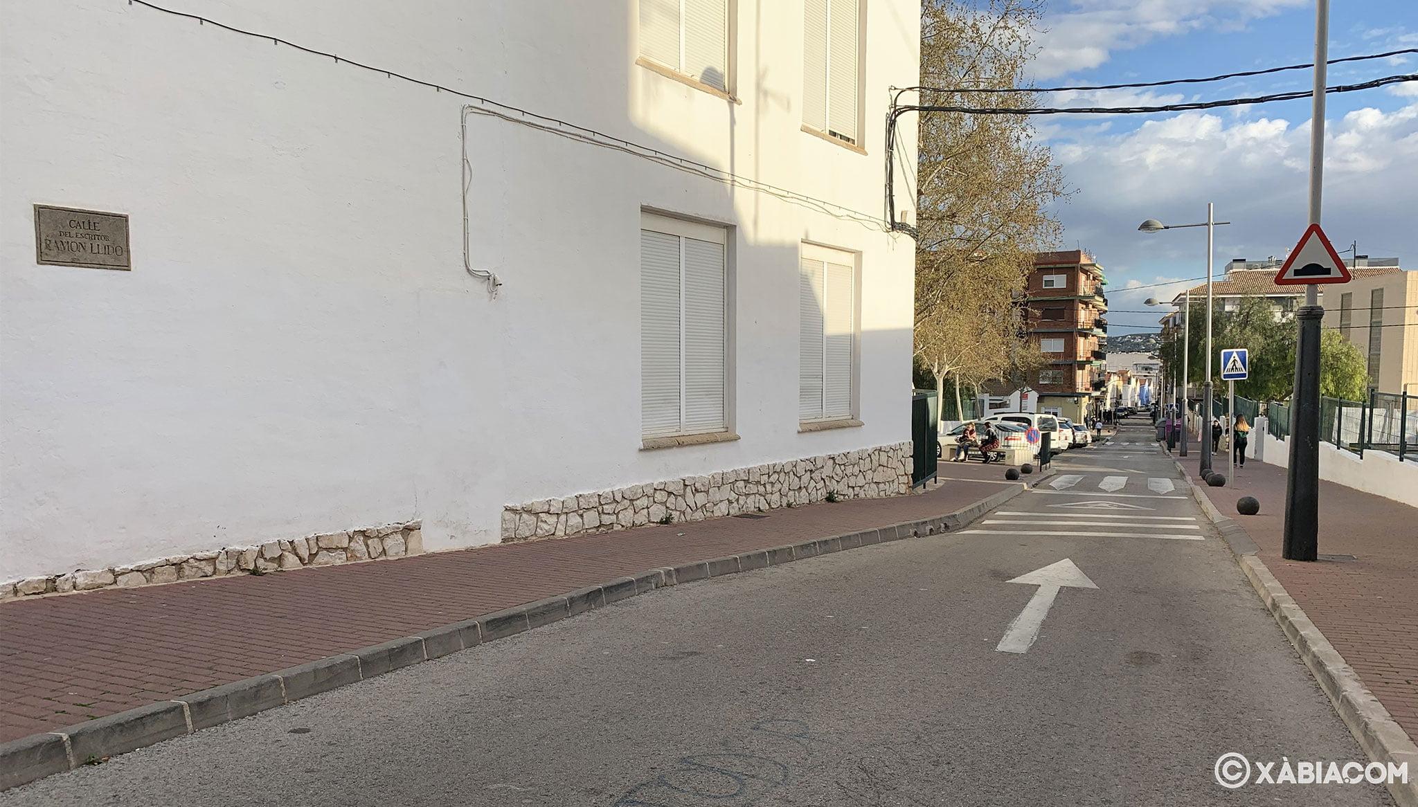 Vista de la calle Ramón Llidó de Xàbia