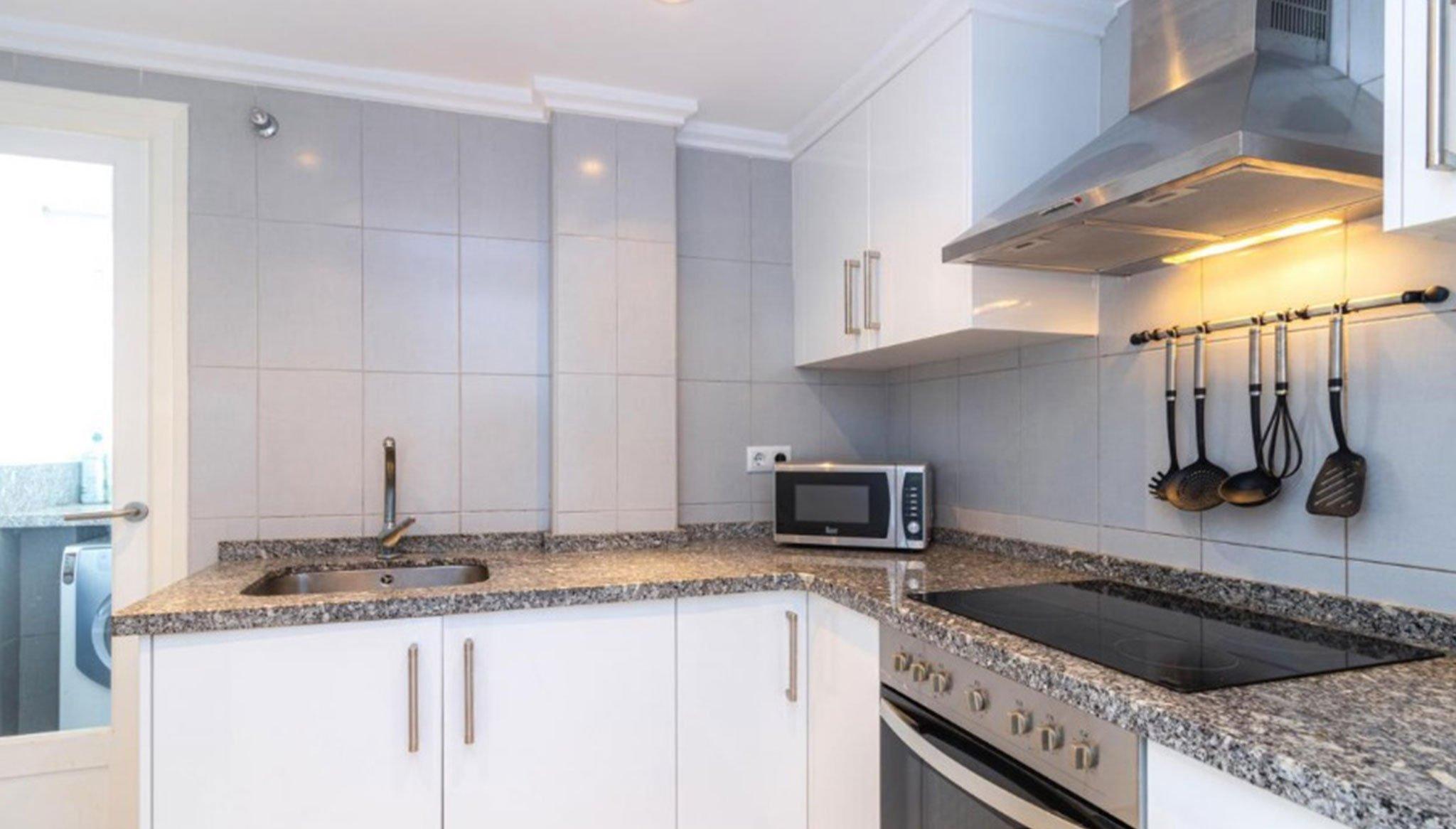 Cocina de un apartamento en venta en Jávea – Vicens Ash Properties