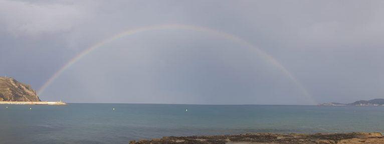 Completo arco íris en Xàbia FB