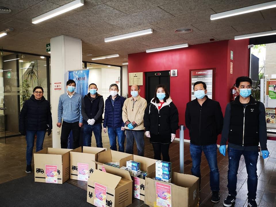Donación empresarios chinos de Xàbia