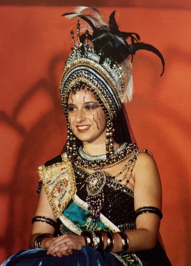 Carmen Savall, Abanderada en 2001