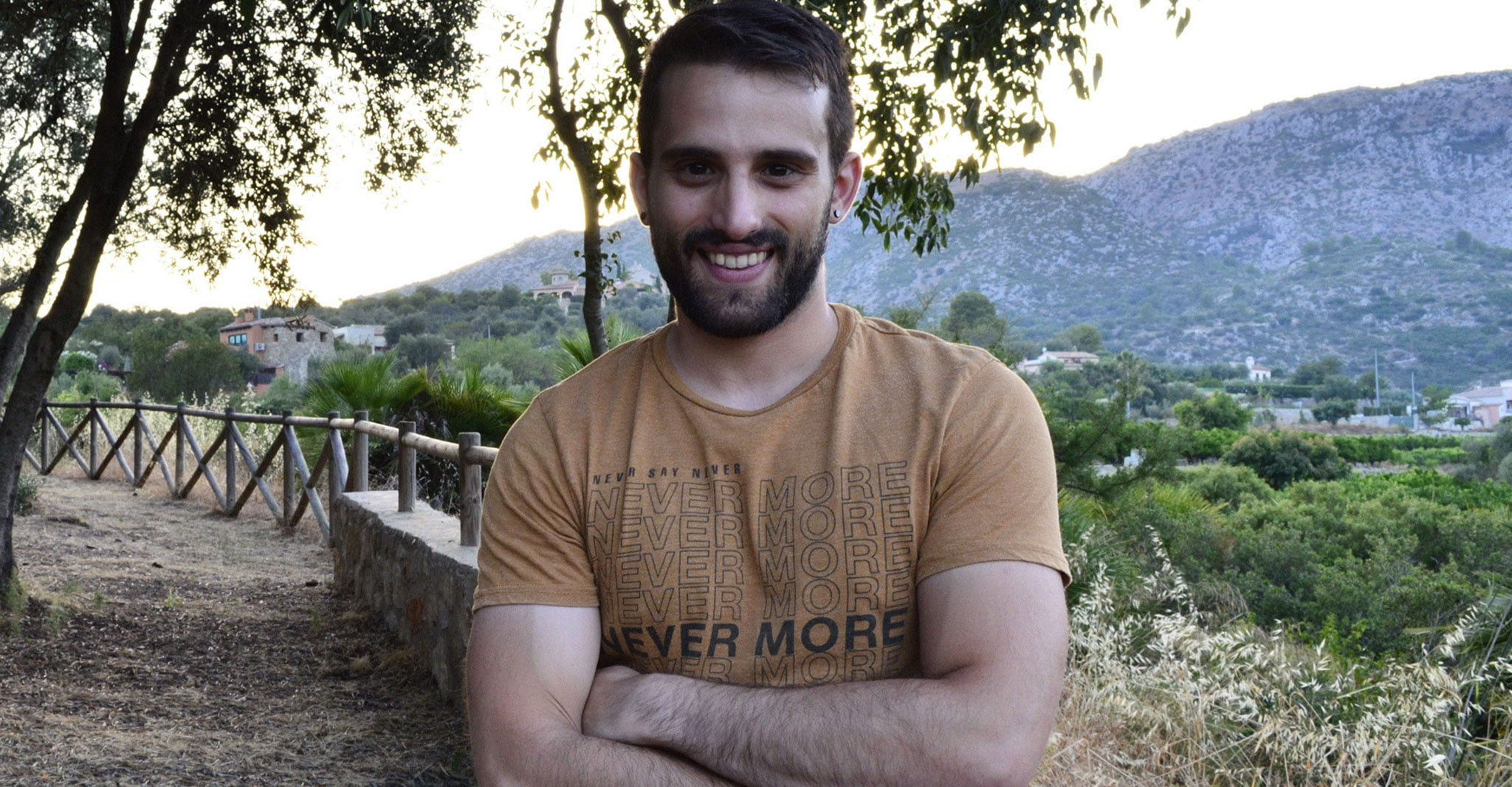 El escritor y maestro de Beniarbeig, Javier Martínez