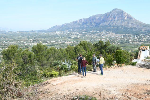 Imagen: Realización de un cortafuegos en la zona de Capsades- Rebaldí