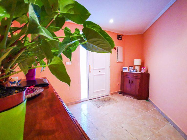 Recibidor en una casa de pueblo en venta en Jávea - L&T Properties