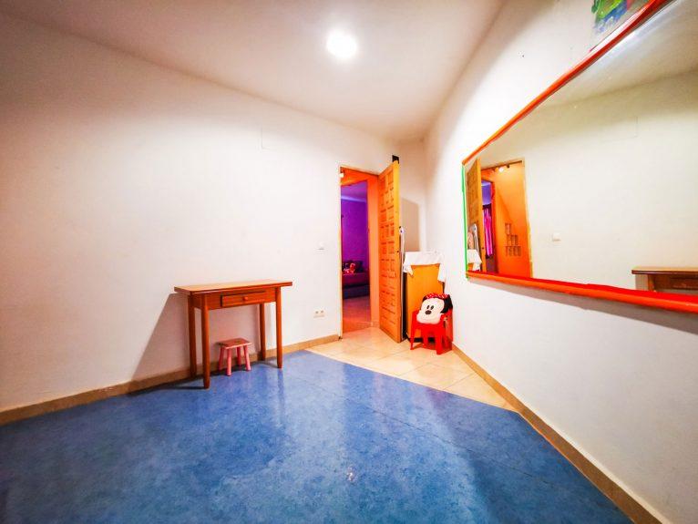 Sala con muchas funciones en una casa de pueblo en venta en Jávea - L&T Properties