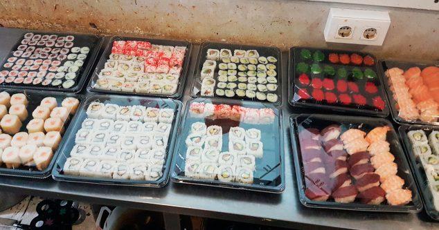 Imagen: Sushi para llevar - Restaurante Asiático Semana 8