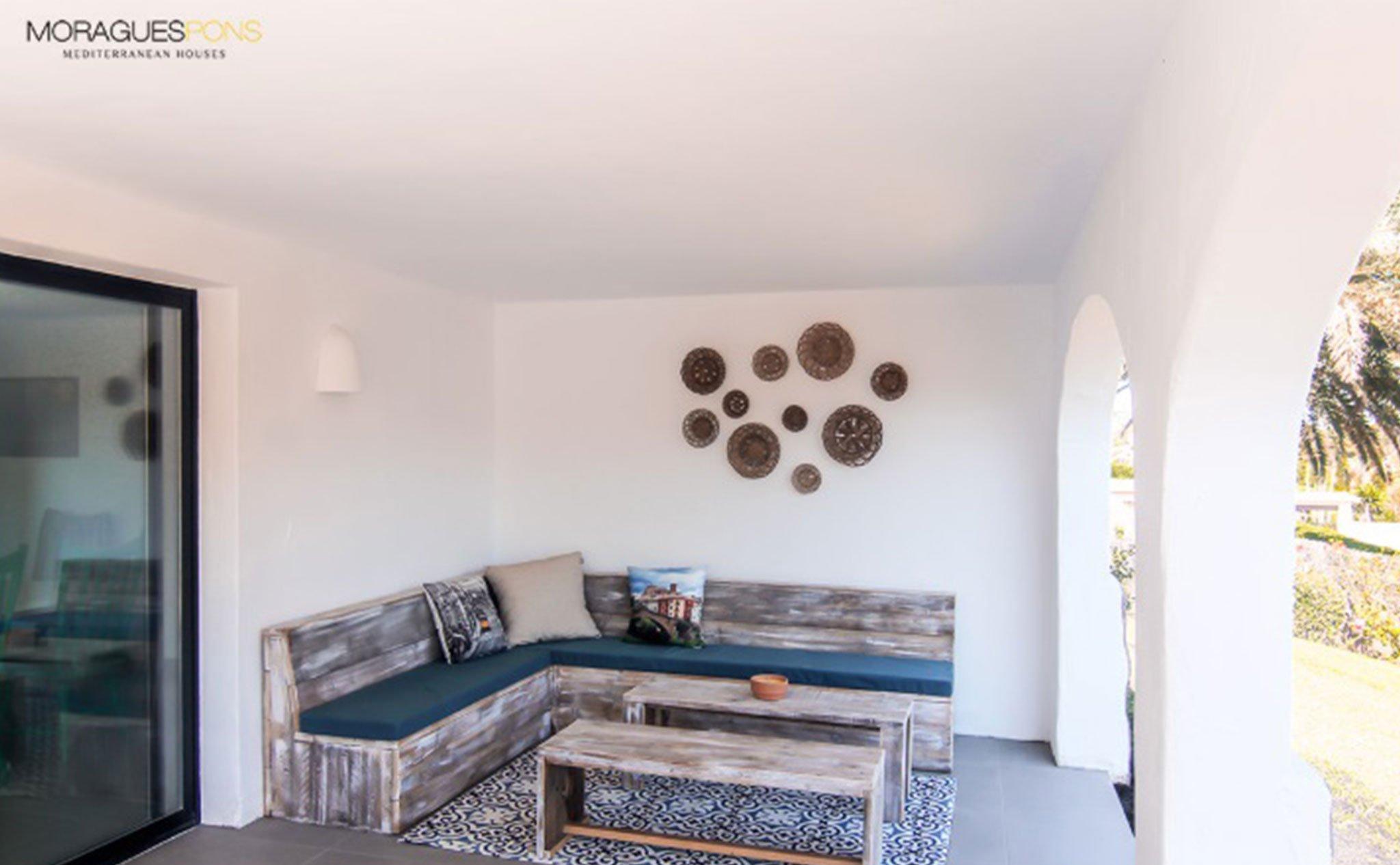 Terraza de una casa en venta o alquiler en Jávea – MORAGUESPONS Mediterranean Houses