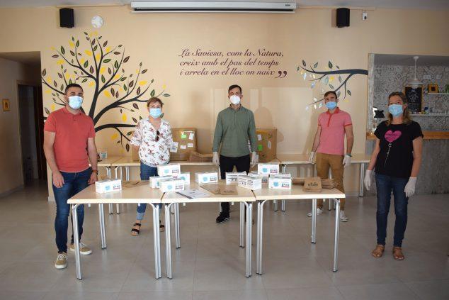 Imagen: Benitatxell reparte 15.000 mascarillas a la ciudadanía