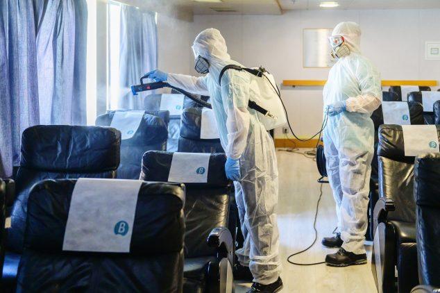 Imagen: Desinfección baleària