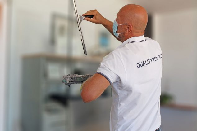 Image: The cleaning team uses specific products - Quality Rent a Villa