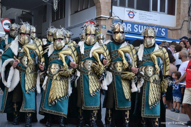 Escuadra de hombres de la Filà Trabuquers