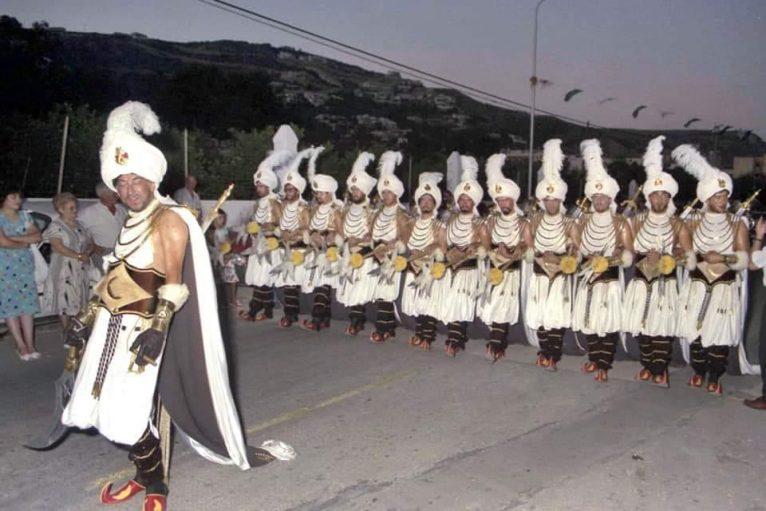 Escuadra masculina de Filà Baharis en 1986