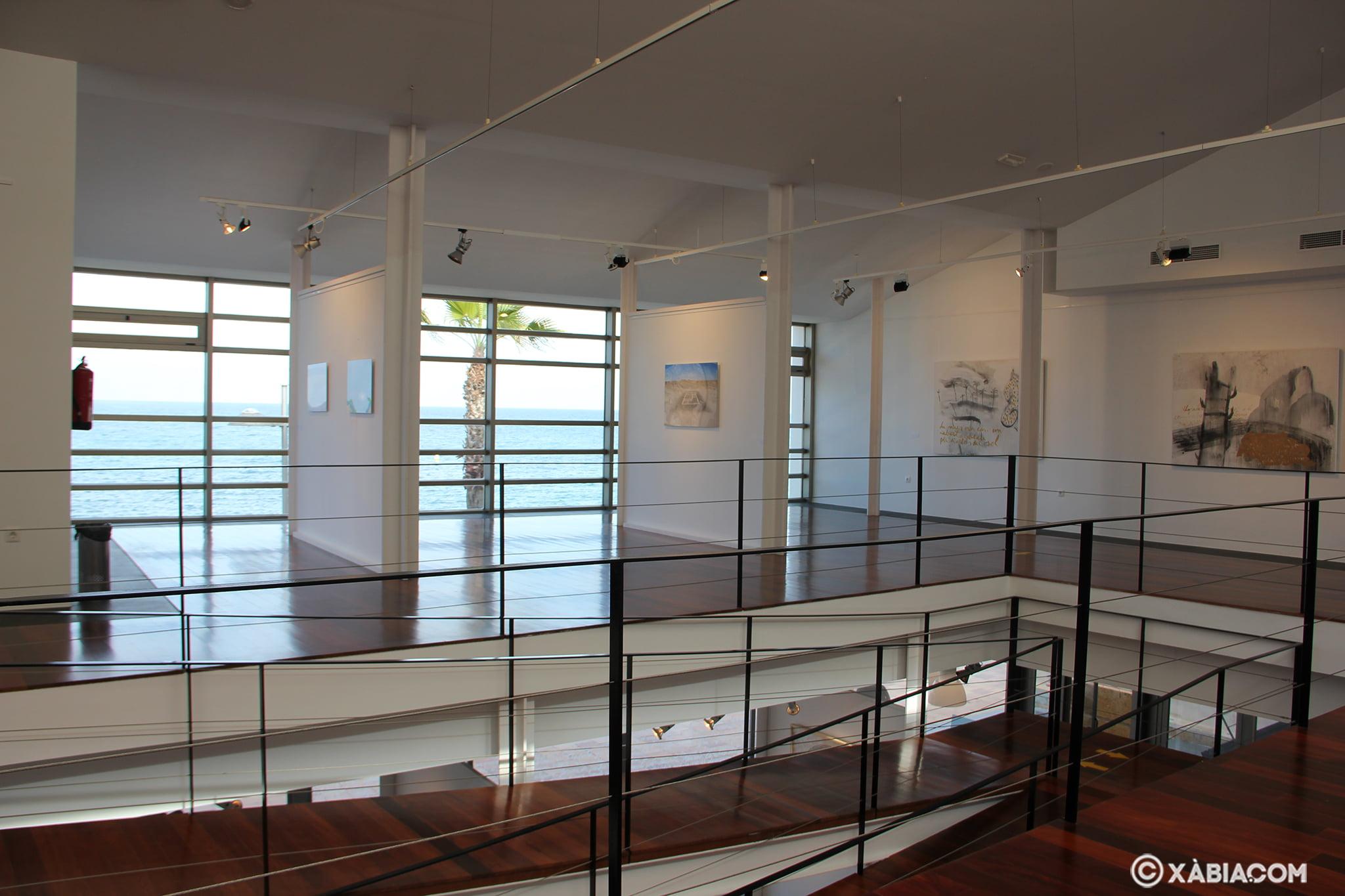 Interior de la Sala de Exposiciones de la Casa del Cable