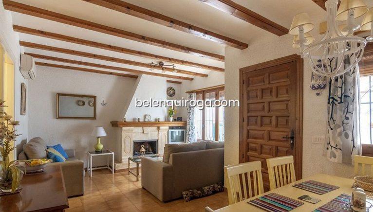 Salón de un bungalow en venta en Jávea - Inmobiliaria Belen Quiroga