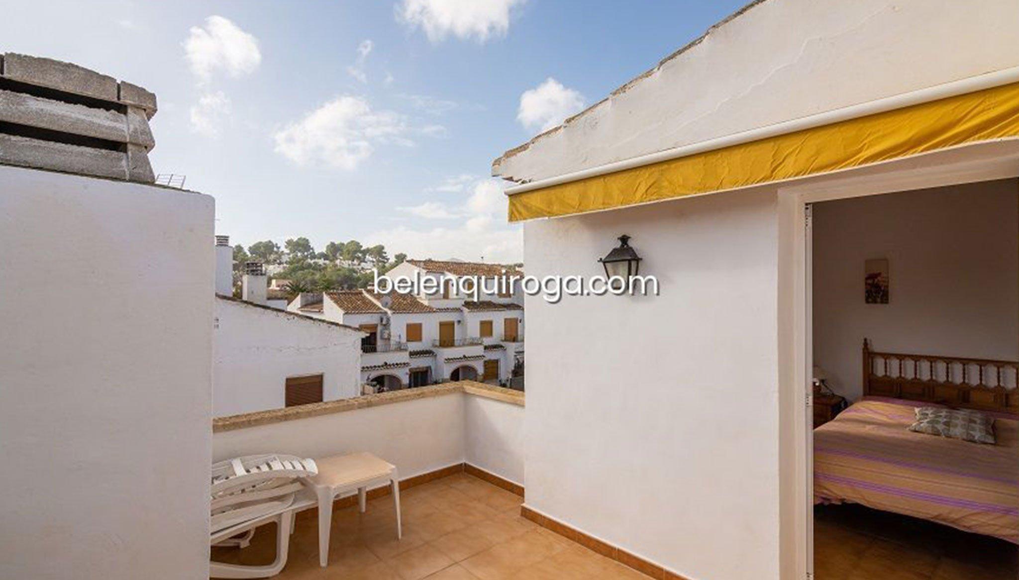 Terraza en un bungalow en venta en Jávea – Inmobiliaria Belen Quiroga
