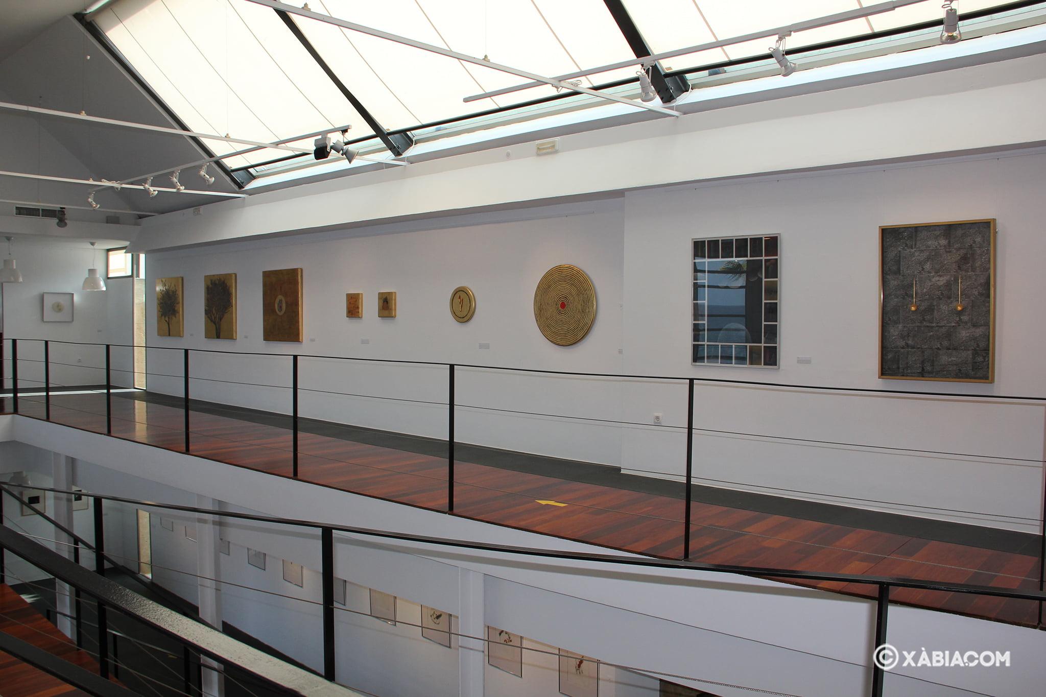 Vista de la planta superior de la sala de exposiciones de la Casa del Cable
