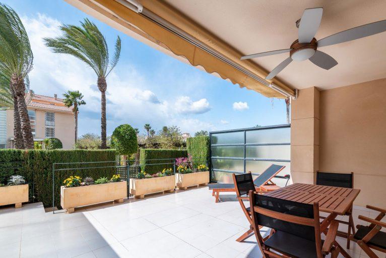 Vistas desde la terraza de un apartamento de alquiler en Jávea - Quality Rent a Villa