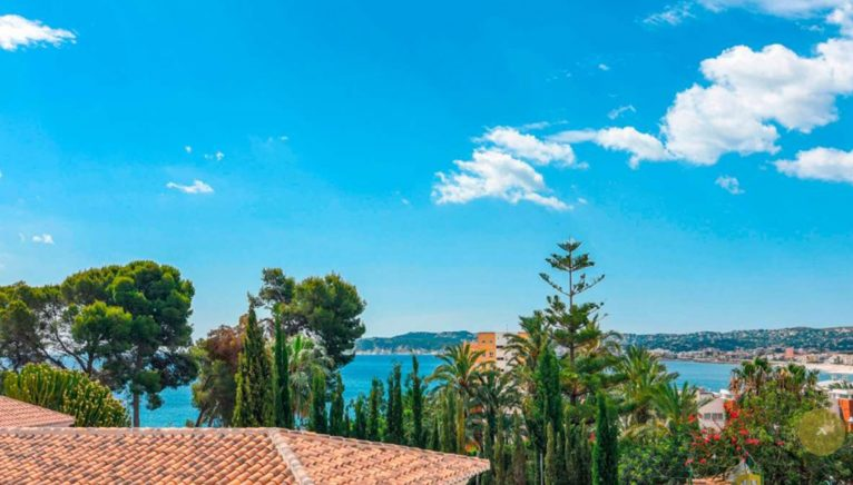 Vistas al mar de una villa en venta en el puerto de Jávea - MORAGUESPONS Mediterranean Houses