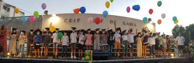 Imagen: Alumnos de sexto curso del CEIP Port de Xàbia