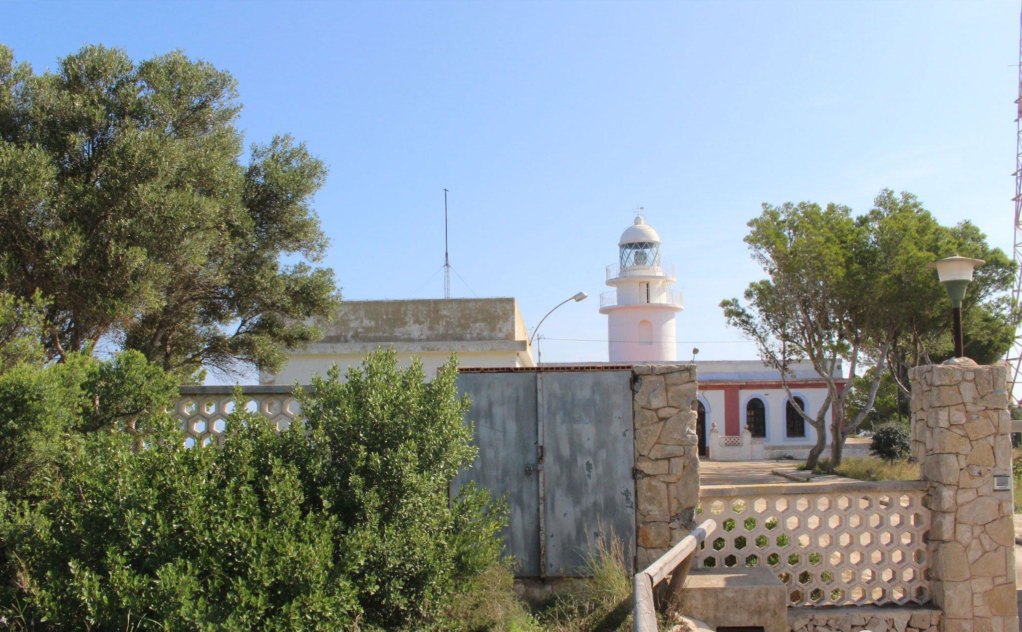 Exterior del faro del Cap de Sant Antoni