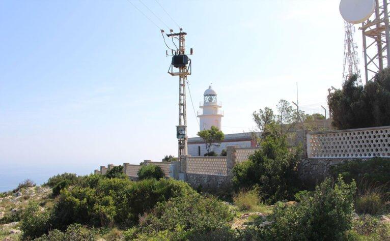 Lateral del faro del Cabo de San Antonio de Xàbia