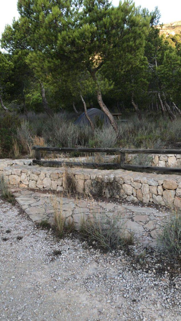 Imagen: Pernoctación en una zona recreativa de El Poble Nou de Benitatxell