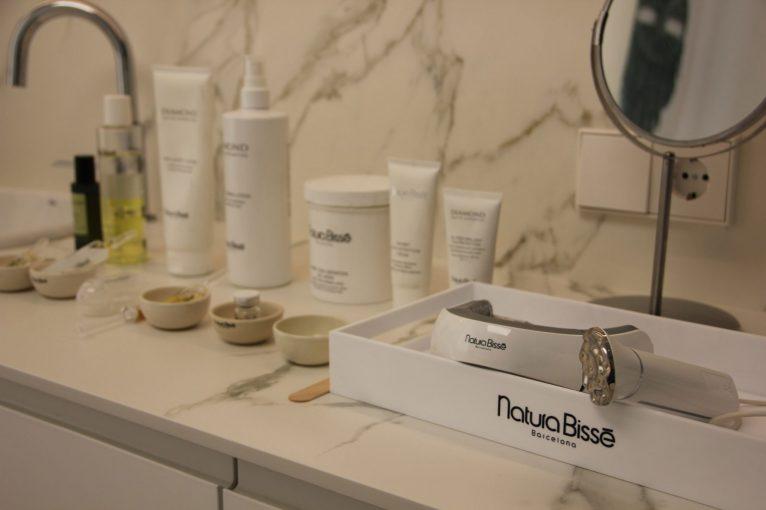 Inhibit Neck-Lift, tratamiento puntero de la marca Natura Bissé - Soulspa Beauty & Experience